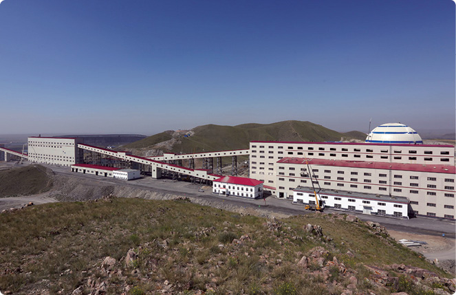 The 30,000 tonnes/day crushing system at the Jiama project in Tibet Autonomous Region.